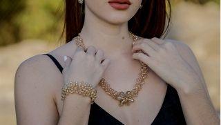 Stylish woman wearing a necklace